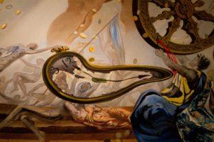 Surrealisme kunst - Salvador Dali - Details from Dali's Museum - Artleader.com